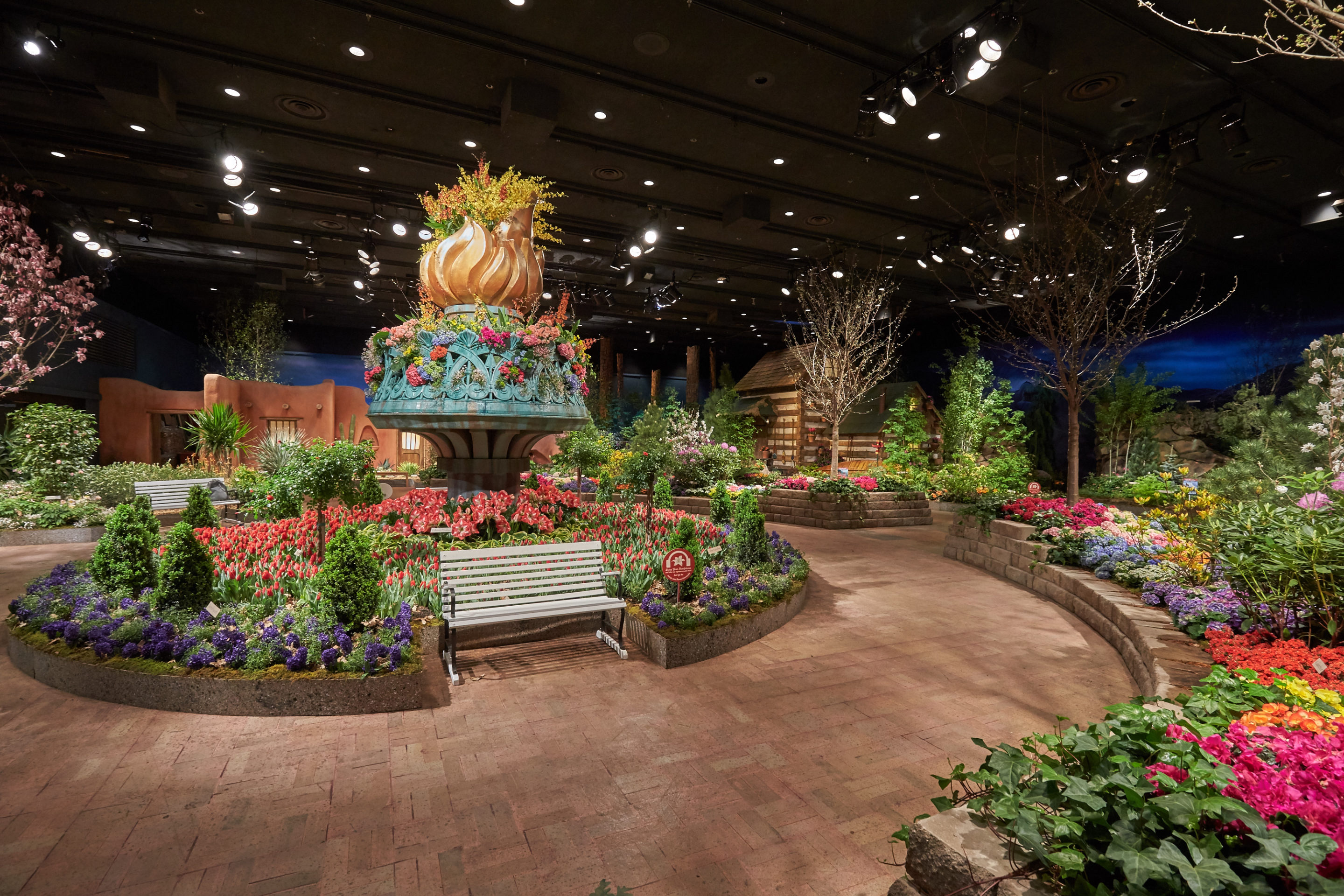 Macy\'s Flower Show Blooms with All-American Splendor - Midwest Home