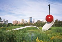 Walker Art Center Minneapolis Sculpture Garden Spoonbridge And Cherry
